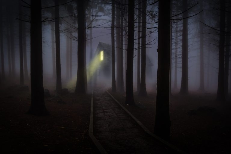 dark-fairy-tale-fantasy-42263.jpg